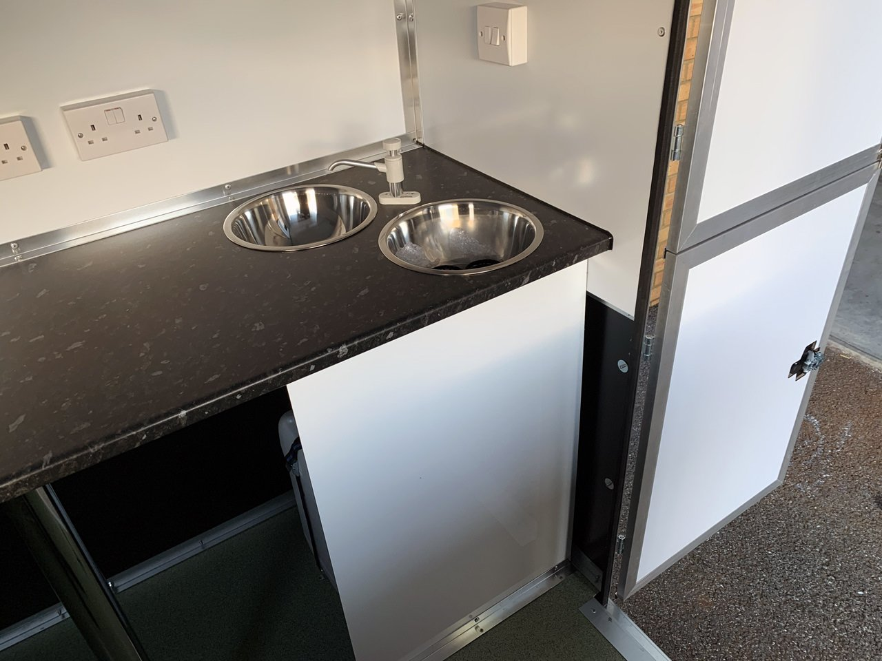 new catering trailer sinks and electrical design