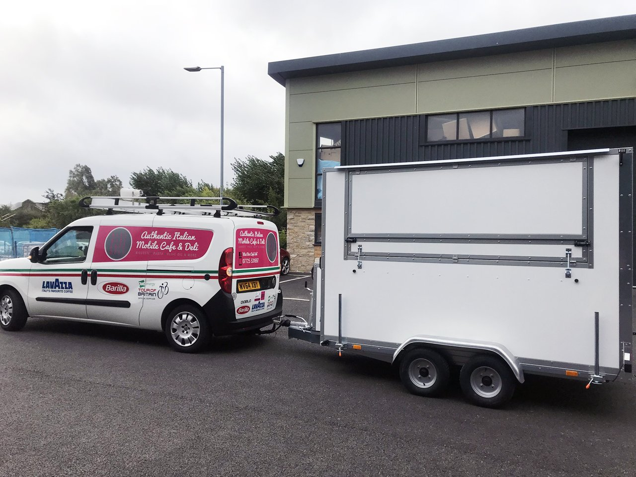 towing braked catering trailer